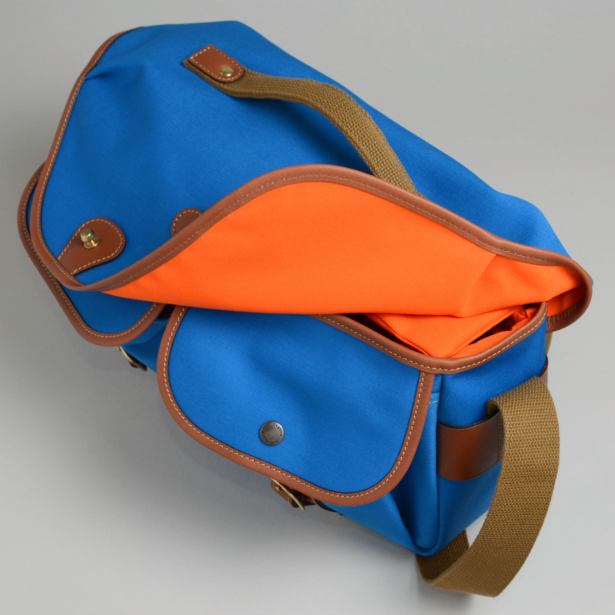 hadley_pro_blue_up_front